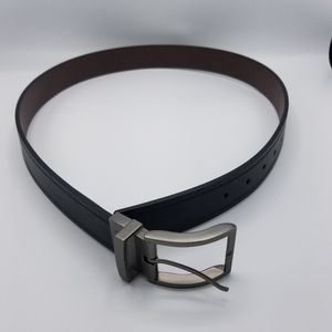 New NWT Men's Guess Belt Black/Brown Size Medium